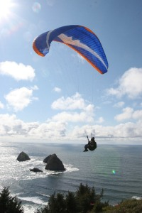 Paraglider launch from Maxwell Mtn by Bob Reed